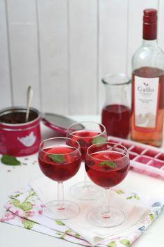 Eistee mit Roséwein