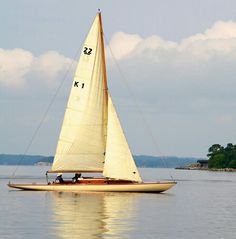 5 Popular Types of Sailboats and Why They're Loved – Voyage Afield Classic Sailing, Classic Yachts, Below Deck, Float Your Boat, Dinghy, Sail Away, Set Sail, Wooden Boats, Catamaran