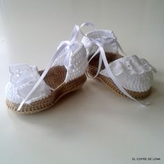 Zapatos de punto/ganchillo - Zapatitos bebé crochet - hecho a mano por El-Cofre-de-Lena en DaWanda