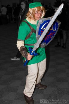 http://instagram.com/nightblade1028 as #Link from #LegendOfZelda #Cosplay from #SteelCityCon #ComicCon ----- Check out more of my photography @ http://www.facebook.com/MidnightSkyPhotography (Link in Profile) ----- #MidnightSkyPhotography #MidSkyPhoto