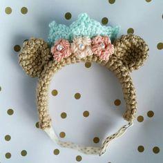 Crochet Royal Bear Headband // Size by sideprojectsdesign on Etsy Crochet For Kids, Crochet Baby, Knit Crochet, Crochet Hair Accessories, Crochet Hair Styles, Crochet Flower Hat, Knitting Patterns, Crochet Patterns, Gold Polka Dots