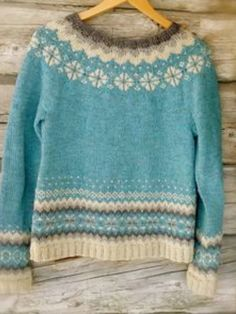 Buy sweaters – long-sleeved sweaters made from a cotton blend online. Punto Fair Isle, Motif Fair Isle, Long Sweaters, Sweaters For Women, Fair Isle Knitting Patterns, Knitting Ideas, Icelandic Sweaters, Sweater Making, Sweater Shop