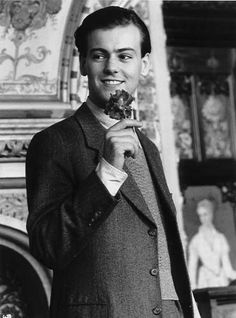 yes, i do think rupert graves is cute