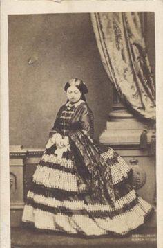 CDV Full Length Portrait of Queen Victoria in Beautiful Dress Original   eBay