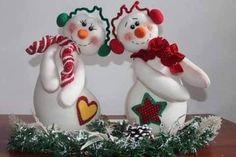 Felt Christmas Decorations, Christmas Snowman, Christmas Crafts, Xmas, Christmas Ornaments, Holiday Decor, Biscuit, Christmas Characters, Snowman Crafts