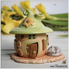 Wann wird es Sommer  #honiglicht #etsy #fairygarden #elfenhaus #ceramics #handmade #summervibes