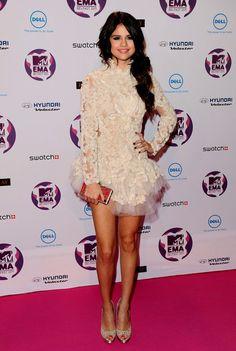 Selena Gomez in Marchesa at the MTV Ema awards. modern Ballerina look
