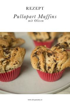 Rezept. Hefeteig und Pullapart-Konzept funktionieren auch salzig. Diese Muffins mit Oliven-Tapenade sind perfekt für unterwegs und zwischendurch. Baby Led Weaning, Panama, Tapenade, Snacks, Muffins, Breakfast, Blog, Good Food, Olives