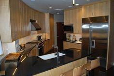 Многоквартирный дом-бункер для выживания. Survival Condo Project - роскошный жилой комплекс, соруженный в бывшем ракетном бункере. Проект находится недалеко от американского городка Конкордия, штат Ка...