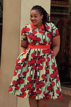 Red and green African wear Short African Dresses, Latest African Fashion Dresses, African Inspired Fashion, African Print Dresses, African Print Fashion, Fashion Prints, African Prints, Men's Fashion, African Clothes