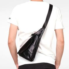 Men Cowhide Genuine Leather Vintage Chest Bag Solid Oil Wax Crossbody Bag - US$49.69 Crossbody Shoulder Bag, Shoulder Handbags, Leather Crossbody, Crossbody Bag, Blue Chests, Vintage Chest, Handbags For Men, Vintage Canvas, Cowhide Leather