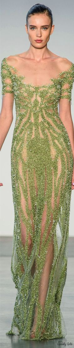 Yes, it does look like mold... but gorgeous mold. || Pamella Roland Spring 2017 RTW