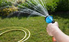 Rasenbewasserung Die Besten Tipps Und Tricks Garten Umgraben Bewasserung Rasen