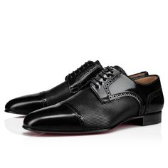 Designed to fit all feet, the Eygeny model is a variation of the Top Daviol derby yet slightly wider in length and width. Made from black calfskin, it features perforated leather detailing that recalls the elegance of the English brogue shoe. Men's Shoes, Dress Shoes, Flat Shoes, Shoes Style, Leather Men, Black Leather, Louboutin Online, Mens Designer Shoes, Brogues