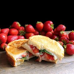 The Stay At Home Chef: Strawberry and Basil Grilled Cheese with Strawberry-Chipotle Dipping Sauce