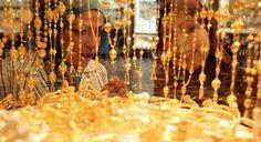 أسعار الذهب في جمهورية مصر العربية هذا النهار وعيار 21 يسجل ارتفاع جديد - سعر الذهب هذا النهار في جمهورية مصر العربية تشهد أسعار الذهب في جمهورية مصر العربية هذا النهار ارتفاع في الأسعار لليوم ونقدم الان تقارير تفصيلية لكافة المتغيرات السعرية التي تشهدها أسعار الذهب على مدار هذا النهار فقط على ليدرز نيوز. حيث شهدت أسعار الذهب في جمهورية مصر العربية هذا النهار ارتفاع في الأسعار لليوم بمعدل 5 جنيهات مقارنة بأمس حيث وصل متوسط بيع الذهب من عيار 21 في بعض محلات الصاغة الى 635 جنية كما لا تزال…