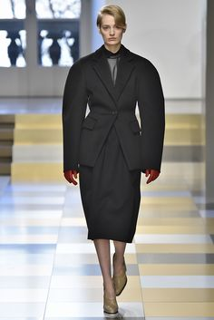 Jil Sander Fall 2017 Ready-to-Wear Collection - Fashion Unfiltered