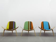 Is there ANYTHING more perfect than a combination of Paul Smith mixed with mid century modern genius Hans Wegner? I don't think so… For the 100th anniversary of Hans J. Wegner's birth, Paul Smith adds...