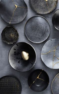Kintsugi The Gold Trimmed Dish is bathed in a beautiful gloss black glaze + trimmed in real, genuine gold and placed into the kiln for a third firing. / Handcrafted Artisan Ceramics by Mel Volkman / Magical Ceramics, Magical Jewelry Dish, Stardu. Kintsugi, Ceramic Plates, Ceramic Pottery, Ceramic Art, Kitchen Sets, Diy Kitchen, Gold Kitchen, Kitchen Interior, Cerámica Ideas