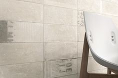 No 1590 Wall and floor rustic tile range with 'distressed' decors!