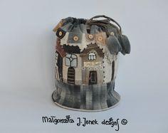 Round multipurpose bag hand appliquéd hand von MJJenekdesigns