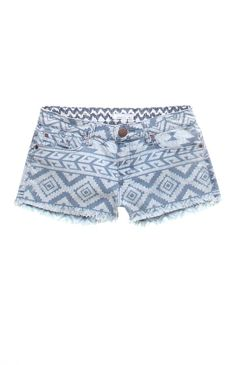 I love printed shorts too. Its something simple that can make an outfit stand out.