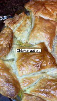 Chicken And Red Potatoes Recipe, Easy Chicken Pot Pie, Chicken Wing Recipes, Healthy Chicken Recipes, Cooking Recipes, Keto Chicken, Healthy Food Habits, Tasty Vegetarian Recipes, Easy Casserole Recipes