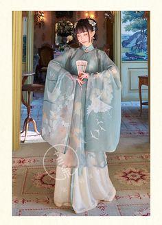 Basic Fashion Tips Oriental Dress, Oriental Fashion, Hanfu, Traditional Fashion, Traditional Dresses, Japanese Kimono Dress, China Fashion, 70s Fashion, Fashion Online