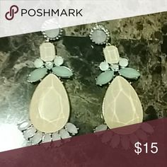 Arden B earrings soooo beautiful 💜 Elegant dangle earnings from Arden B. Perfect condition. Colors: light pink, lavender, teal Arden B Jewelry Earrings