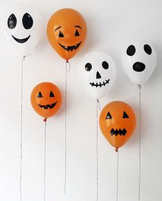 Fantasmas con algodn y gomets para Halloween Manualidades