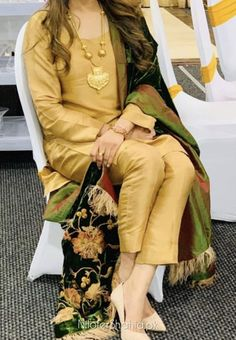 Pakistani Party Wear Dresses, Shadi Dresses, Designer Party Wear Dresses, Pakistani Dress Design, Pakistani Outfits, Bridal Dresses, Indian Fashion Dresses, Pakistani Fashion Casual, Indian Designer Outfits