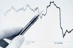 http://best-stock-trading-tips.com/2016/07/useful-tips-on-investing-in-stocks-for-beginners/ - Out of the many smart options in recent world to earn quick money, entrepreneurship and investment in stocks take the cake.