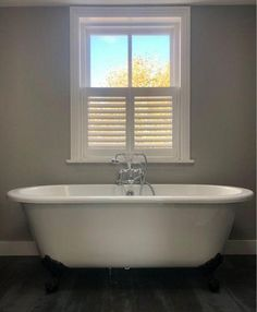 Cafe Style Shutters at the Best Prices – The Shutter Shop Master Bath Remodel, Master Bathroom, Window Shutters Inside, Contemporary Shutters, Cafe Style Shutters, Interior Shutters, Buy Windows, Bathroom Windows, Curtains