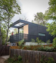 Studio B creates skinny backyard dwelling for landscape architect in Colorado
