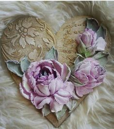 Foto Sculpture Painting, 3d Painting, Plaster Art, Shabby Chic Crafts, How To Preserve Flowers, Cold Porcelain, Texture Art, Flower Wall, Clay Art