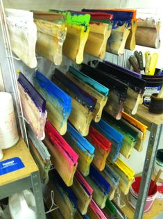 Discover recipes, home ideas, style inspiration and other ideas to try. Screen Printing Supplies, Screen Printing Equipment, Screen Printing Machine, Screen Printing Process, Screen Printing Shirts, How To Dye Fabric, Dyeing Fabric, Paper Making Process, Paint Storage