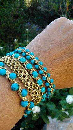 macrame set, gold+t… macrame set, gold+turquoise, boho handmade jewelry alternative design Micro Macrame Tutorial, Macrame Bracelet Tutorial, Crochet Bracelet, Macrame Necklace, Macrame Jewelry, Macrame Bracelets, Bracelet Set, Loom Bracelets, Chevron Friendship Bracelets