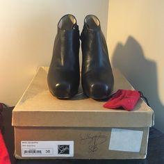 christian louboutin leather lastoto booties