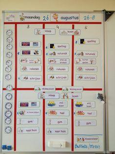 Dagplanning voor 3 groepen Classroom Organization, Classroom Management, Co Teaching, Home Activities, Scrabble, How To Plan, Classroom Setup