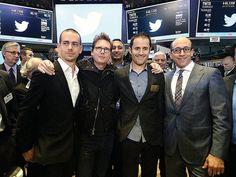 La red social tiene un valor de 24 mil 460 millones de dólares, después de su exitoso primer día como compañía pública