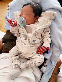 Cute Mixed Babies, Cute Black Babies, Beautiful Black Babies, Cute Baby Boy, Cute Little Baby, Pretty Baby, Cute Kids, Cute Babies, Girl Maternity Pictures