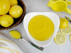 5 Minute Microwave Lemon Curd - Keto and Low Carb This microwave lemon curd tastes every bit as tasty as the traditional stovetop version. In just 5 minutes, you can have this tart lemony goodness! Lemon Desserts, Low Carb Desserts, Low Carb Recipes, Diabetic Recipes, Easy Desserts, Lemon Curd Tart, Lemon Curd Recipe, Microwave Lemon Curd, Low Carb Sauces