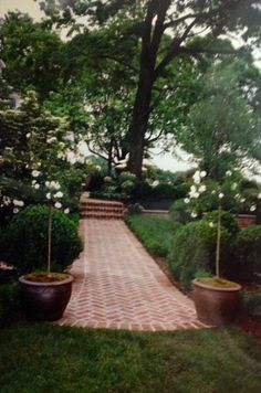 Country house garden,Howard Slatkin.