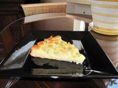 helppo raparperipiirakka - Kotikokki.net - reseptit Sweet Pie, Griddle Pan, Desserts, Pastries, Food, Tailgate Desserts, Deserts, Grill Pan, Tarts