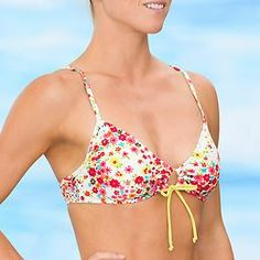Trestles Scrunch Bikini Top - A bold print combines with a scrunch-tie customizable front to help you show your colors out there in the line-up.