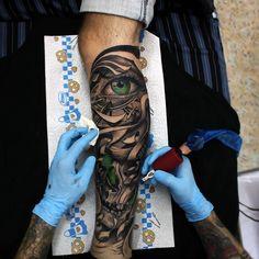 Прежде, чем покинуть тату индустрию, я решил порадовать вас чем-то новеньким совсем скоро я опубликую очень интересный сет работ сделанных мной (которые ничем не похожи на мой стиль)✌️ #drozdovtattoo#tattooinstartmag#tattoostyle#chicano#tattooart#blackandgrey#tattoolife#inkkaddicted#inkdollz#tattooed#style#sleevetattoo#tattoozlife#instatattoo#sullen#tattoos#lowridertattoostudios#goodfellastattio#ink_life#inkeeze#minddlowingtattoos#lifestyletattoo#worldtattoo#tattoos_of_instagram#inkjunke...