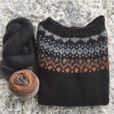 Moist Pumpkin Bread (One Bowl – knitting charts Knitting Charts, Knitting Stitches, Hand Knitting, Knitting Patterns, Crochet Patterns, Motif Fair Isle, Fair Isle Pattern, Icelandic Sweaters, Fair Isle Knitting