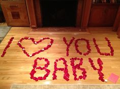 Rose Petal Love Notes  Yes, who wouldn't want to come home to a message written out in rose petals?!? Best V-Day decoration idea EVER! Romantic Room Surprise, Romantic Night, Romantic Things, Romantic Ideas, Romantic Valentines Day Ideas, Be My Valentine, Valentine Day Gifts, Diy Valentine's Day Decorations, Valentines Day Decorations