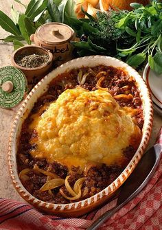 Überbackener Blumenkohl Our popular recipe for baked cauliflower and more than other free recipes at LECKER. Healthy Low Carb Recipes, Healthy Snacks, Vegan Recipes, Free Recipes, Baked Cauliflower, Cauliflower Recipes, Naan, Popular Recipes, Grilling Recipes