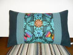 Housse de coussin rectangulaire bohème chic en bleu canard et turquoise : Textiles et tapis par michka-feemainpassionnement